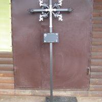 Ритуальный крест на могилу. Цвет креста на могилу - чёрный. Профиль сварного креста: 40×20×3 мм; Стоимость креста на могилу - 2200 грн.