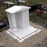 Купить место в колумбарии Киевского Крематория - от 6 тыс. грн. Фото склепа для урн с прахом, на Байковом кладбище.